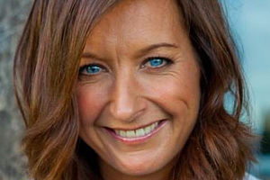 Speakers related to Tony Rafferty: Layne Beachley