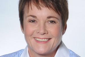 Linda Coles - Social Media Speakers