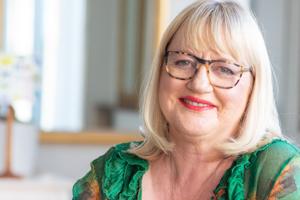 Theresa Gattung CNZM - Inspirational Speakers