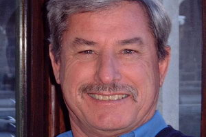 Speakers related to Georgina & Caroline Evers-Swindell: Sir Richard Hadlee