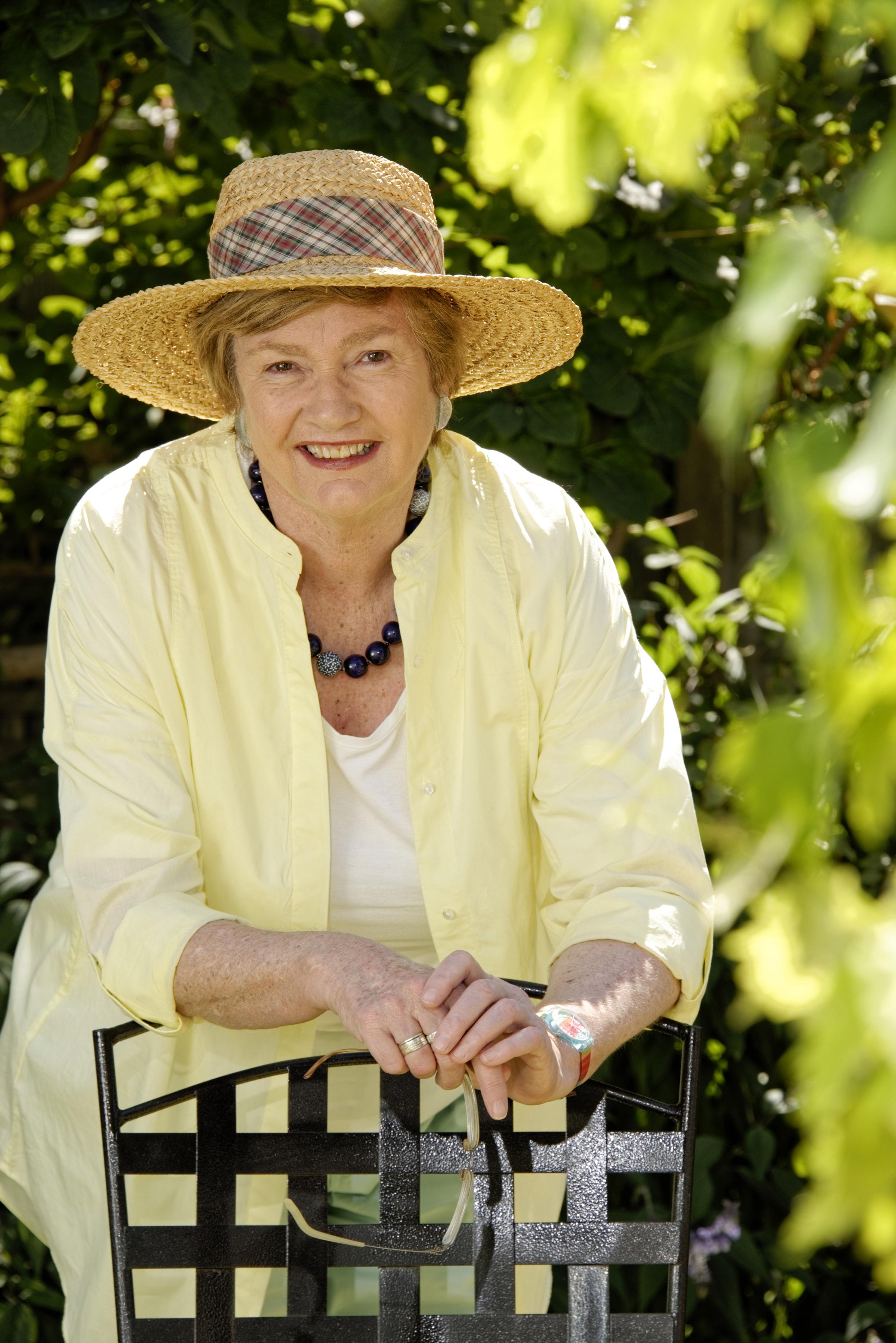 Jane Edmanson - Media Personalities & Celebrity