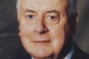 Speakers related to Anna Bligh: Gough Whitlam