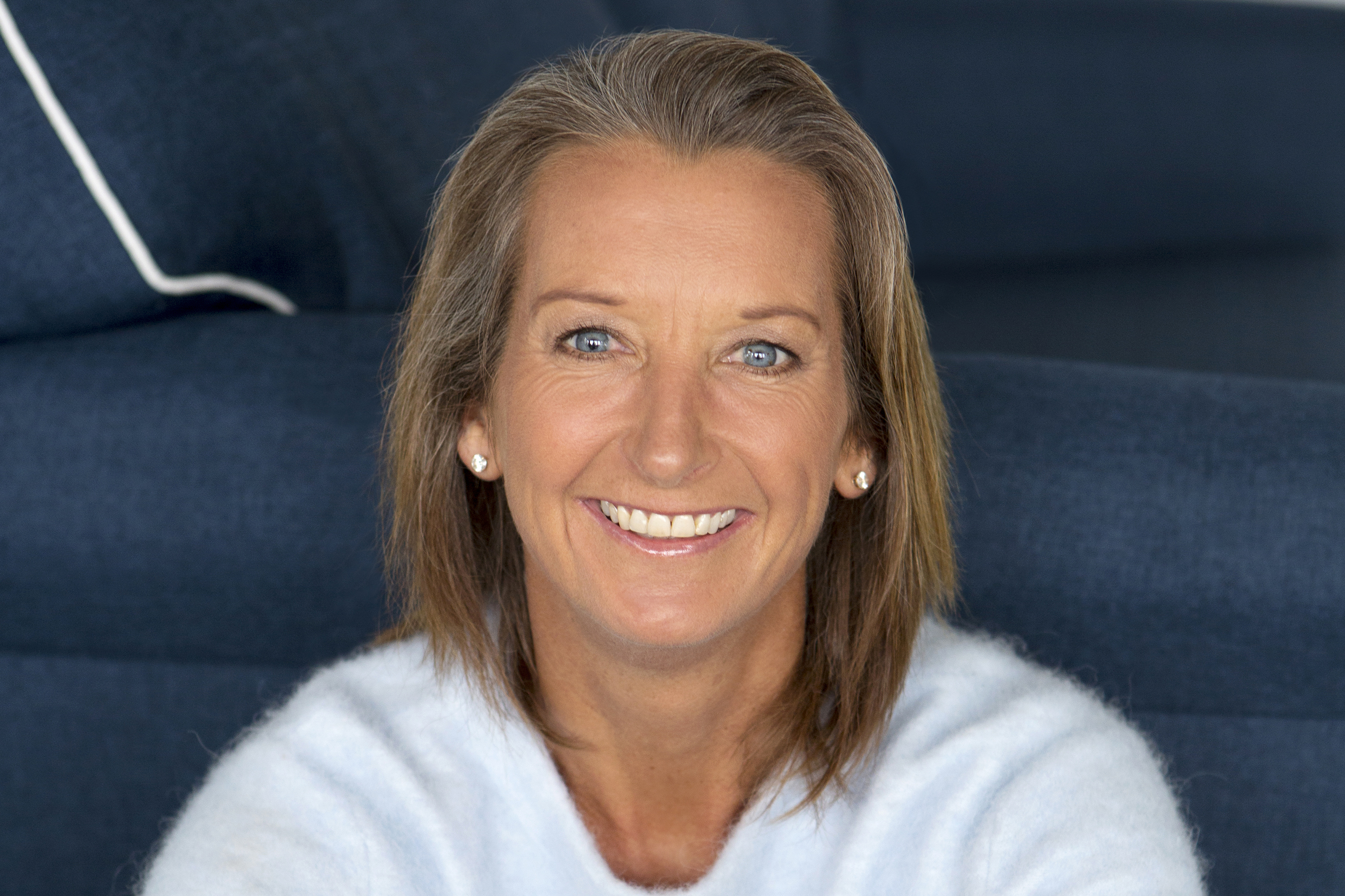 Speakers related to John Longmire: Layne Beachley